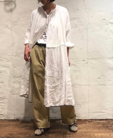 maison de soil 〜HAND WOVEN LINEN PLAIN NECK GATHER…