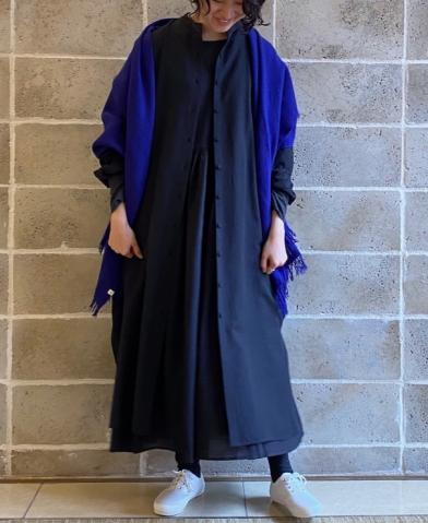 maison de soil WOOL/SILK PLAIN BANDED COLLAR MAXI …