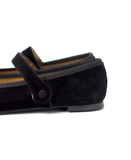 NMP1751V  ONE STRAP PUMPS