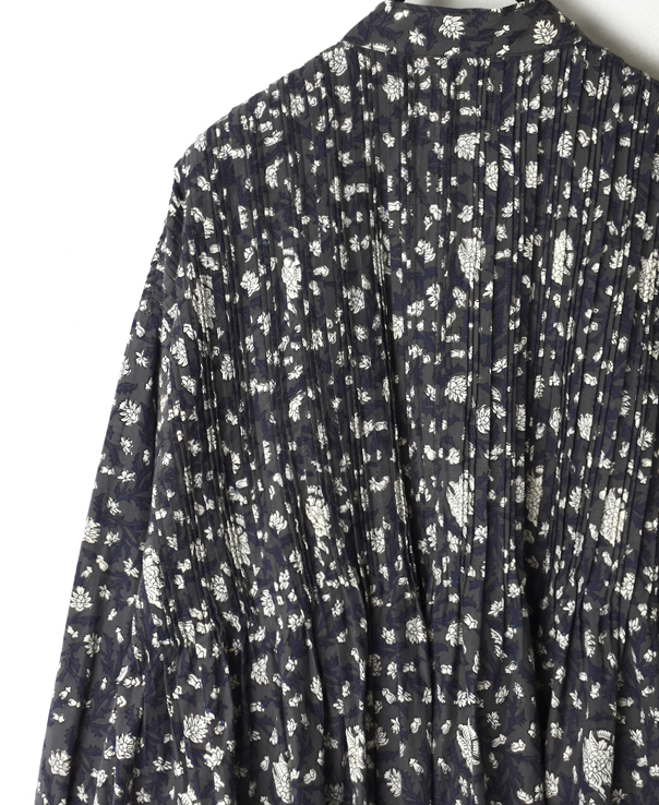 INMDS20151 80'S VOILE FLOWER BLOCK PRINT BANDED COLLAR SHIRT WITH RANDOM PLEATS