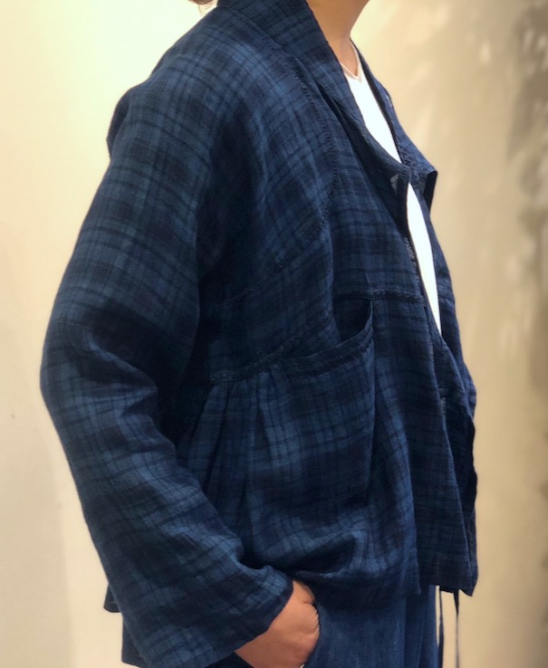 INMDS20201 80'S HAND WOVEN YARN DYED NATURAL INDIGO LINEN CHECK CACHE-COEUR WITH HAND STITCH