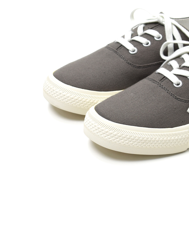 NAMC1901 LOW-CUT SNEAKER