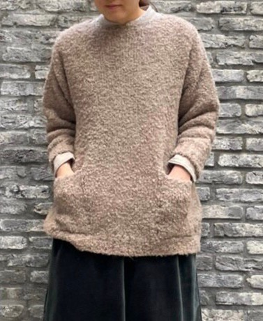 CNMDS1762A BOUCLE CREW NECK PULLOVER WITH POCKET