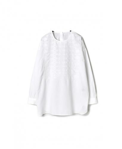 NMDS19521 60'S ORGANIC CAMBRIC BACK OPENING CREW-NECK EMB SHIRT
